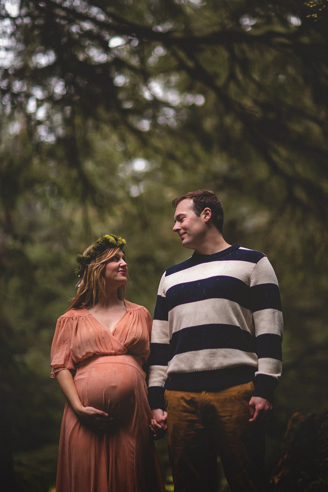 Oswald State Park Oregon Coast Maternity Session by photographer Annie Helen