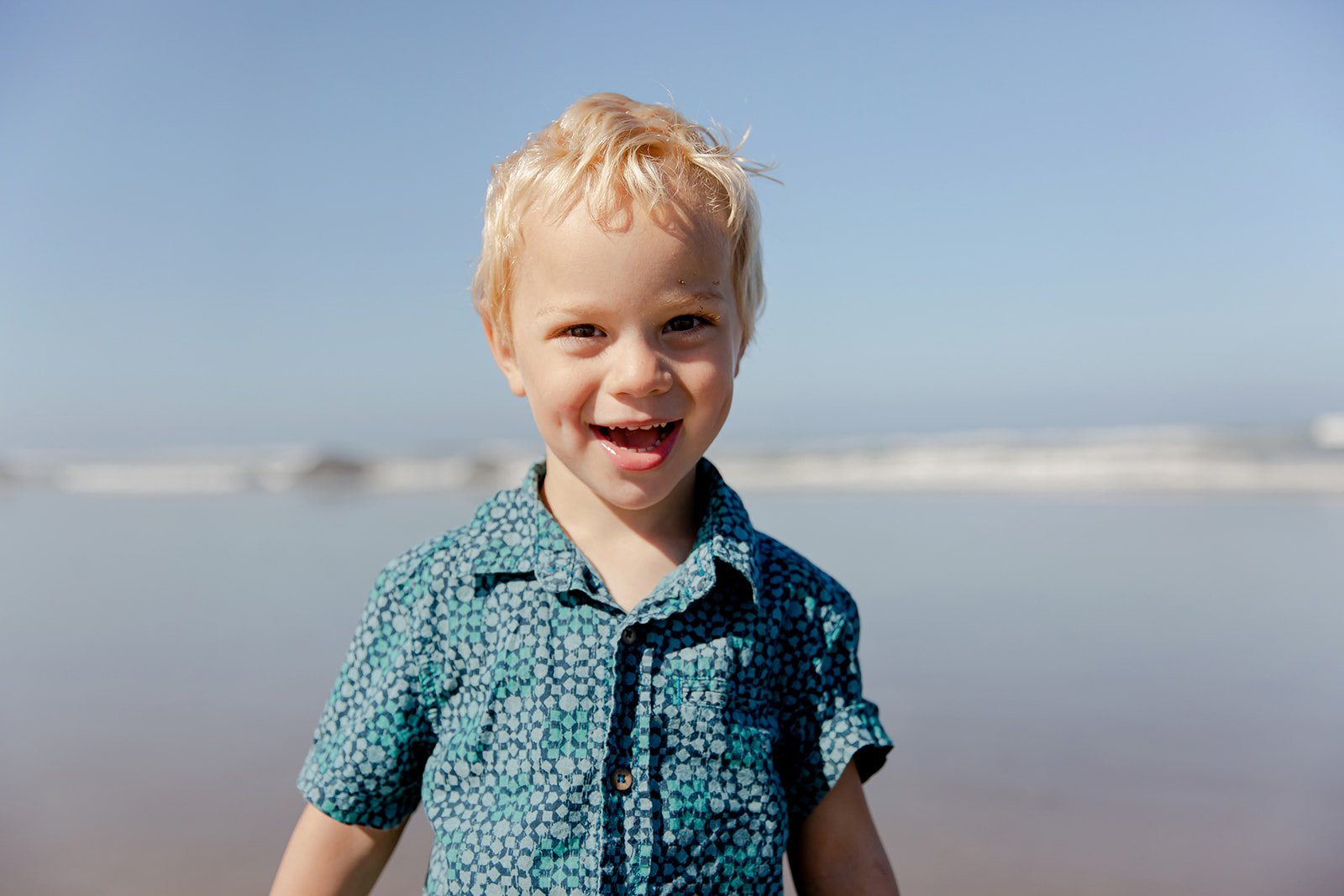 Playtime in Lincoln City Oregon with Family Photographer Annie Helen